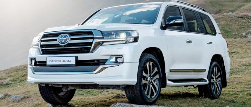 Toyota представила топ-версию Land Cruiser 200