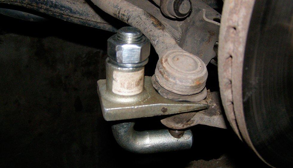 починить рулевые наконечники