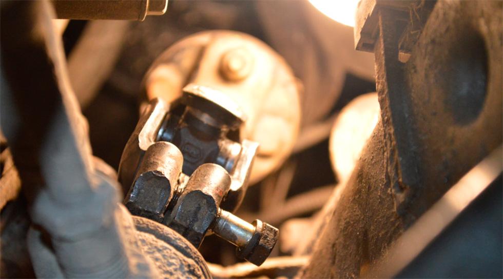 замена рулевых карданов в техцентре