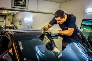 Профессиональная замена лобового стекла